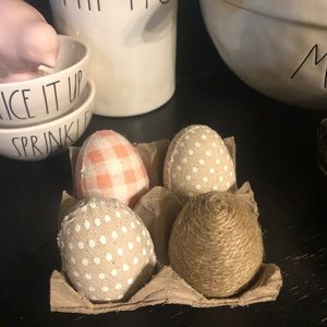 Farmhouse Easter eggs decorations